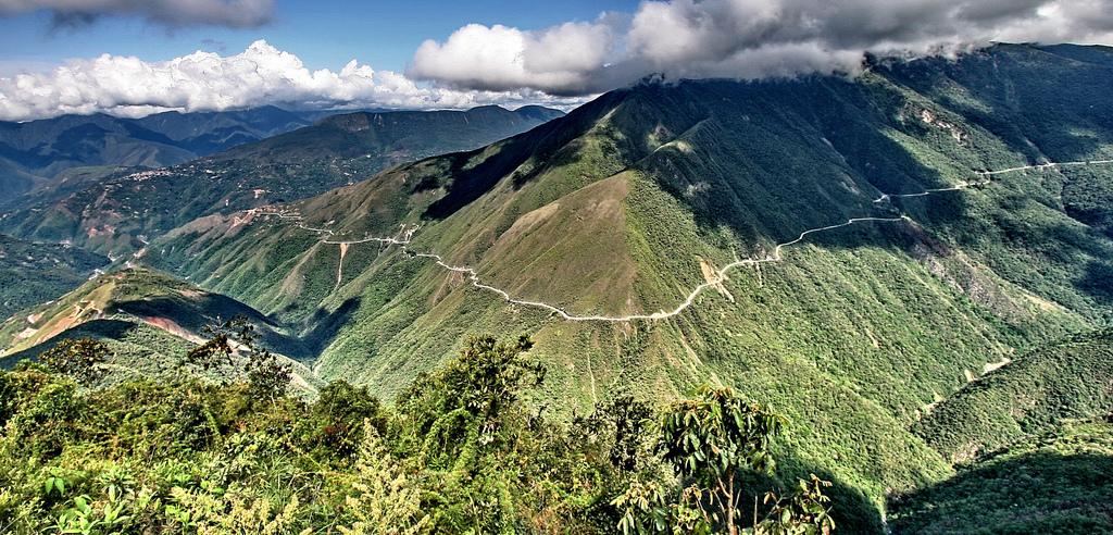 la carretera deltrampolin de la muerte en colombia